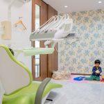豊明市・二村台交差点歯科・キッズスペース付き診療室
